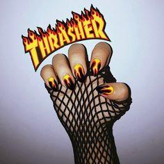 "5,235 Me gusta, 23 comentarios - SONYA MIRO (@sonya_miro) en Instagram: ""THRASHER ART NAILS Always amazing  @devywka_bonda самые крутые ногти как всегда от моего…"""