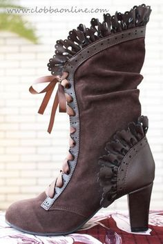 Steampunk Women Sexy Lace Up Heel Knee High Leather Suede Boots Vintage Gothic Lace High Heel Boots Cosplay Autumn Winter Snow Boots Shoes Steampunk Mode, Costume Steampunk, Steampunk Shoes, Steampunk Accessories, Steampunk Wedding, Victorian Steampunk, Steampunk Clothing, Victorian Fashion, Vintage Fashion
