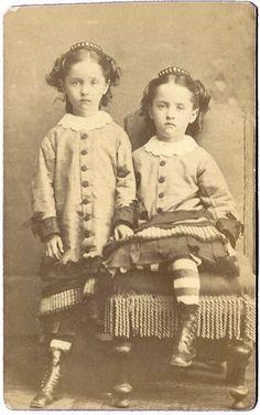 Twin Girls in identical Dress Tiara Hair Comb Oswego NY Antique CDV Photo Vintage Children Photos, Vintage Twins, Vintage Pictures, Old Pictures, Vintage Images, Old Photos, Twin Photos, Victorian Photos, Twin Girls