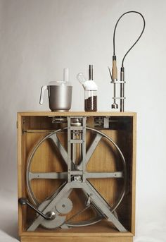 The #human #powered #kitchen appliances  - http://www.finedininglovers.com/blog/news-trends/the-human-powered-kitchen-appliances/