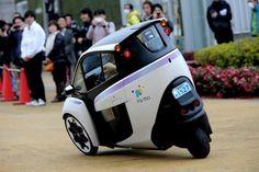 Official: Toyota puts three-wheeled i-Road into public tests in Japan [w/video]
