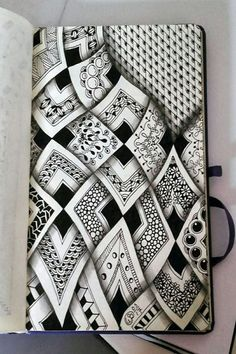 40 Creative Doodle Art Ideas to Practice in Free Time - Kunst - Doodle, Zentangle - Art Sketches Doodle Art Drawing, Zentangle Drawings, Doodles Zentangles, Zentangle Patterns, Art Drawings, Drawing Ideas, Disney Drawings, Pencil Drawings, Art Sketches