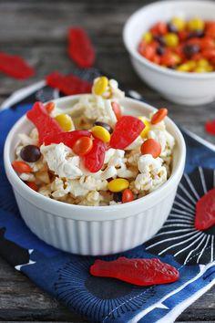 Shark Bait Popcorn by www.notyourmommascookie.com