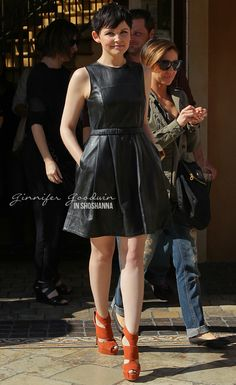 I j'love Ginnifer Goodwin and her sassy leather dress by Shoshanna.