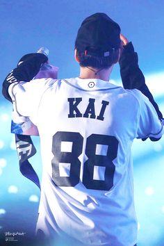 KAI, your best source for photography, media, news, and everything else related to EXO's Kai aka. Chanyeol Baekhyun, Exo Kai, Lightstick Exo, Exo Lockscreen, Kim Jong Dae, Exo Korean, Kim Minseok, Kaisoo, Bts And Exo
