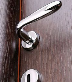 10 veszélyes hely, ahol hemzsegnek a kórokozók Door Handles, Home Decor, Door Knobs, Decoration Home, Room Decor, Home Interior Design, Home Decoration, Interior Design, Door Knob