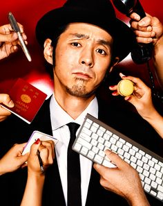 ストーリーは揺るがなかった──脚本家・宮藤 官九郎|メンズファッション、時計、高級車、男のための最新情報|GQ JAPAN