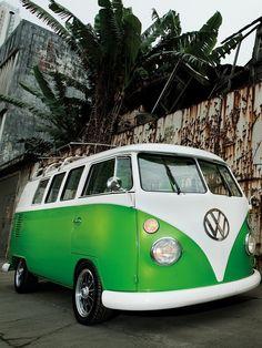 OMG a beautiful green VW!!!