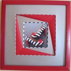 les chaussures d'Amandine (Installation) par Mad large biseau perroquet avec filet raye