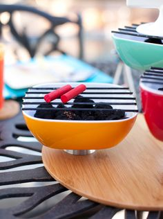 diy charcoal grill centerpiece for a summer grilling party Bbq Grill Diy, Grill Party, Bbq Party, Grilling, Barbecue, Mini Charcoal Grill, How To Cook Plantains, Bbq Places, Birthday Bbq