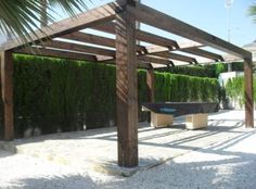 The pergola kits are the easiest and quickest way to build a garden pergola. There are lots of do it yourself pergola kits available to you so that anyone could easily put them together to construct a new structure at their backyard. Diy Pergola, Timber Pergola, Pergola On The Roof, Pergola Decorations, Rustic Pergola, Building A Pergola, Pergola Canopy, Pergola Swing, Gardens