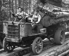 10921640_10153041114559306_4102924529049305902_o.jpg 1,008×824 pixels Logging Equipment, Heavy Equipment, Antique Trucks, Vintage Trucks, Antique Cars, Cool Trucks, Big Trucks, Semi Trucks, Old Tractors