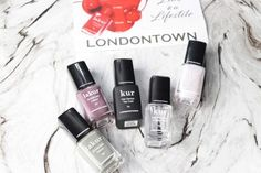 Londontown Nail Polish Lakur boasts a non-toxic 9 free formulation and I got to test them. Purple Nail Polish, Best Nail Polish, Purple Nails, Nails At Home, Manicure At Home, Dry Cuticles, Nail Hardener, Queen Nails, Long Lasting Nail Polish