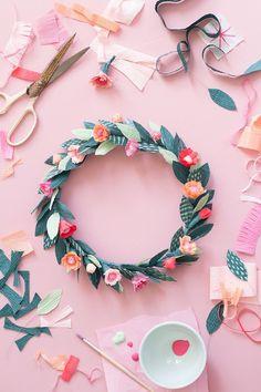 DIY Paper spring floral crown - The House That Lars Built- krans van papier met bloemen Easy Paper Crafts, Diy Paper, Paper Crafting, Diy And Crafts, Crafts For Kids, Origami Paper, Fall Crafts, Cork Crafts, Flower Crafts