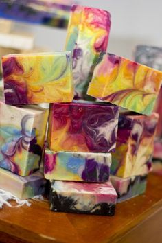 This tutorial will help you make your own gentle soap at home and provides soap making resources for newbies to DIY cold process soap. CP soap making help with a basic recipe. Savon Soap, Homemade Soap Recipes, Homemade Paint, Bath Bomb Recipes, Homemade Crafts, Easy Crafts, Homemade Beauty Products, Cold Process Soap, Handmade Soaps