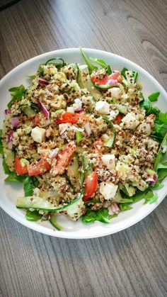 Brenda → Healthy and Fit ←: Quinoa Salade Rens Kroes Clean Recipes, Veggie Recipes, Easy Dinner Recipes, Salad Recipes, Healthy Recipes, Fast Recipes, Salade Healthy, Clean Eating, Healthy Eating