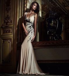 Espectaculares vestidos - una colección femenina y sexy...