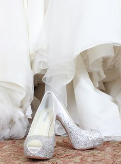 Lovely Benjamin Adam crystal peep toe pumps for a chic bride! #heels #pumps #bridal #bride #shoes