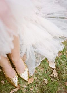 Like this framing for a shoe photo with the bottom of the skirt in it.