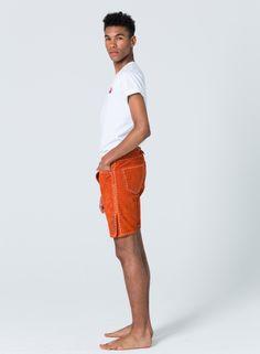 Devilksins Lederhose Orange - Super Soft Wild Buck Leather #orange_Lederhose #Lederhose #Devilskins #moderne_lederhose #Herren_Lederhose
