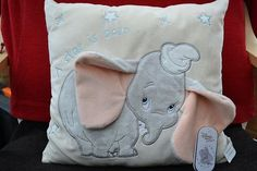 Damn it! Dumbo Nursery, Disney Nursery, Elephant Nursery, Baby Elephant, Dumbo Baby Shower, Baby Dumbo, Disney Baby Clothes, Baby Girl Toys, Baby Mine