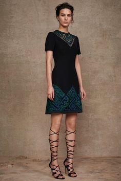Tadashi Shoji Pre-Fall 2016 Fashion Show Korean fabric wow for this style