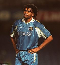 Ruud Gullit pictured during his playing days at Chelsea during the late nineties Chelsea Football Team, Chelsea Fc Players, College Football, Ruud Gullit, Doncaster Rovers, European Soccer, Fc Chelsea, Tottenham Hotspur, Liverpool Fc