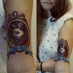 Follow the white #rabbit #wonderland #Alice ⏰☕