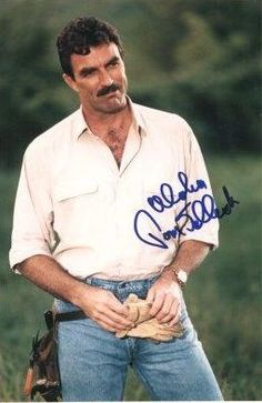 Tom Selleck is a conservative. And easy on the eyes...