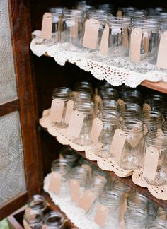 mason jar drinks for the night | Jen Fariello #wedding