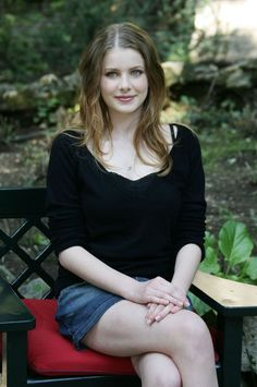 Here are some photos of British actress Rachel Hurd-Wood , niece of English actor Hugh Laurie who plays Dr. Most Beautiful Faces, Beautiful Girl Image, Beautiful Models, Beautiful Actresses, Beautiful Women, Rachel Hurd Wood, Hair Colour For Green Eyes, Female Stars, British Actresses