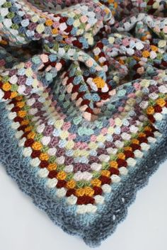 Granny Goes Large Blanket: FREE crochet pattern Cherry Heart: Blog
