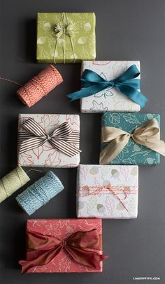 #fallgiftwrap #wrapitup #giftwrapping www.LiaGriffith.com