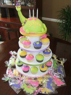 Dinosaur Cupcake Tower by Cakebox Special Occasion Cakes Dinosaur Cupcakes, Dino Cake, Dinosaur Dinosaur, Fancy Cakes, Cute Cakes, Girl Dinosaur Birthday, 3rd Birthday, Birthday Ideas, Beautiful Cakes