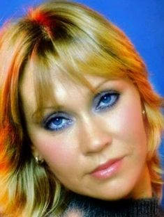 Abba Mania, Debut Album, Pop Music, Pop Group, Music Artists, Celebs, Actresses, Lady, Famous People