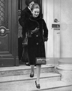Princess Paola of Belgium (later Queen Paola of Belgium) leaving the Belgian Embassy to go on a shopping trip in London, March Royal Fashion, 1950s Fashion, Classic Beauty, Classic Style, Retro Baby, Bikini, Effortless Chic, Grace Kelly, Queen