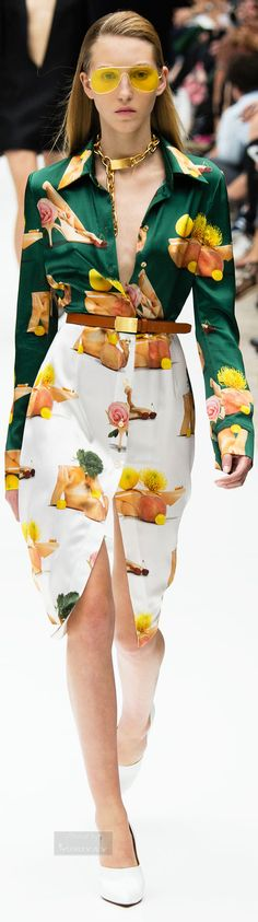 Acne Studios Spring Summer 2015 Ready-To-Wear Colorful Fashion, Love Fashion, High Fashion, Fashion Show, Fashion Design, Floral Fashion, Couture Fashion, Runway Fashion, Spring Fashion