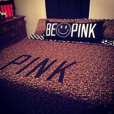 Cute leopard vspink bed