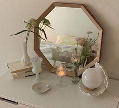 My New Room, My Room, Room Ideas Bedroom, Bedroom Decor, Bedroom Inspo, Room Ideias, Pastel Room, Minimalist Room, Minimalist Apartment