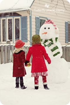 via © Butterfly Photography By Kimberly Chorney | Winter Photo Session Ideas | Props | Prop | Child Photography | Clothing Inspiration| Fashion | Pose Idea | Poses | Family | Siblings | Holiday Card Idea | Snow | Snowman