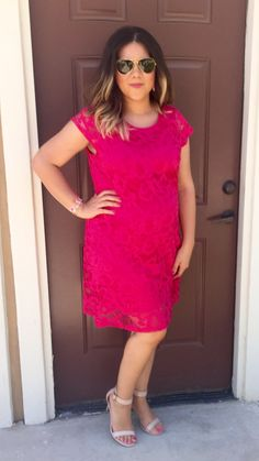 What to wear to a graduation | hot pink | lace dress | minimal nude heels | ray ban aviators | maternity | outfit ideas | dressy | Kendra Scott | magenta | Danielle earrings | bracelet |