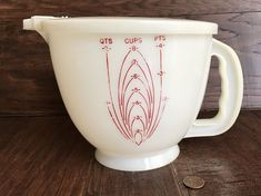 VINTAGE TUPPERWARE 8 CUP 64 OZ MIX N STOR MEASURING CUP 500 PITCHER 501 LID
