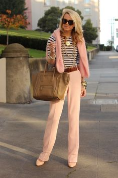 I love everything about this ensemble. Peachy pink trousers, striped navy/white top, neutral accessories.
