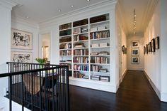 Art placement and bookshelf -- A house for art - traditional - Hall - Houston - Robert Reid, RID ASI Flur Design, Hall Design, Traditional Dining Rooms, Traditional House, Traditional Bedroom, Traditional Design, Mobile Home Living, Home And Living, Living Rooms