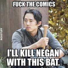 The Walking Dead meme about Negan, Glenn, and the comics.