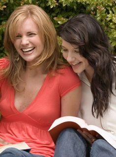 5 Tips to Making Your Readers Laugh