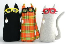 Cojin gato con gafas empollon divertido fun DIY Nerd cat pillow