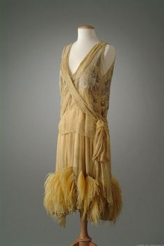 """Peggy Hoyt evening dress ca. 1927 via The Meadow Brook Hall Historic Costume Collection"""