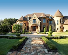 gorgeous....loving the french country design, a little obsessed with house plans!;)