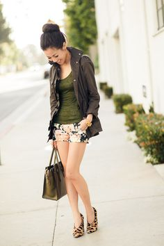 Animal Garden :: Floral shorts & Leopard pumps